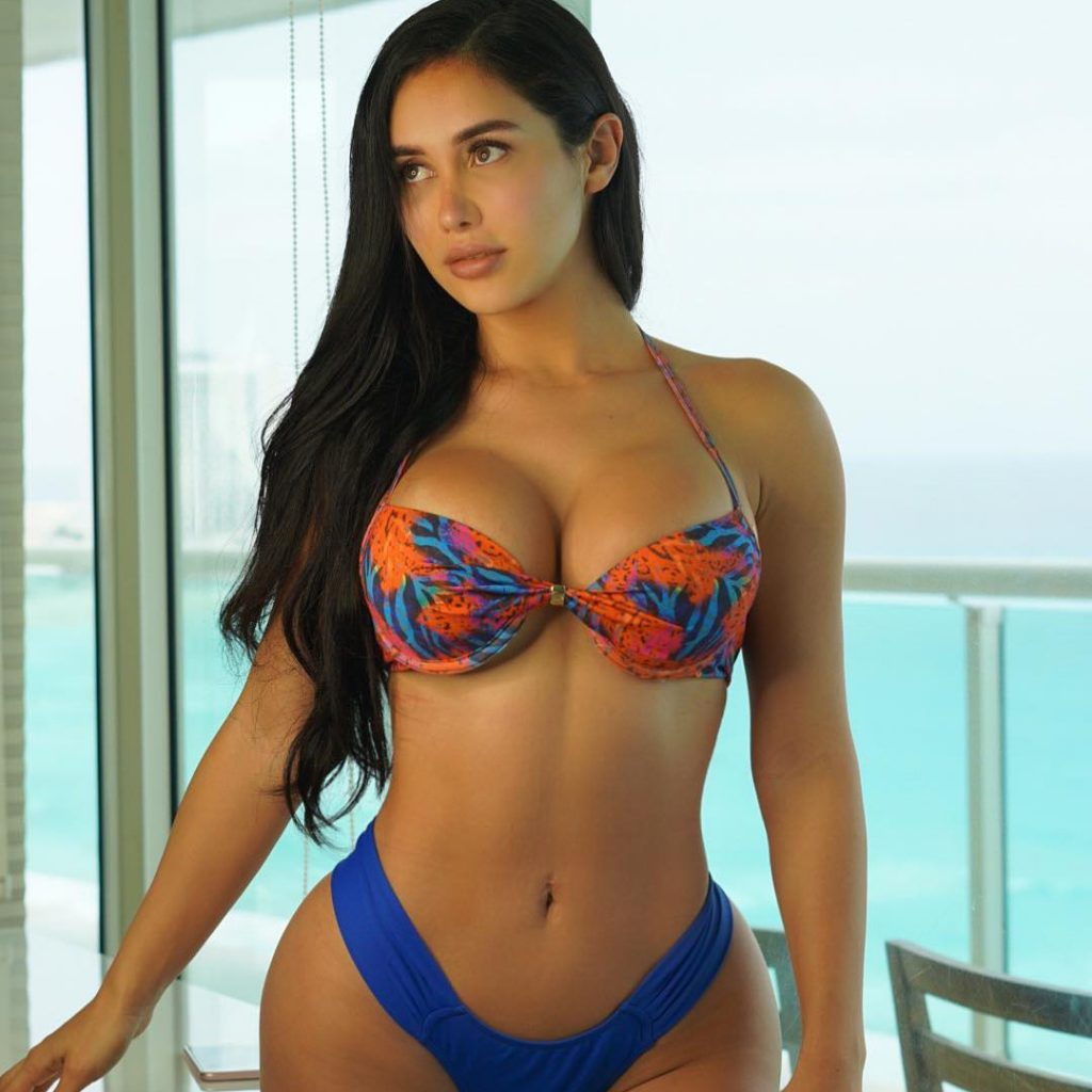 Joselyn Cano photo 1